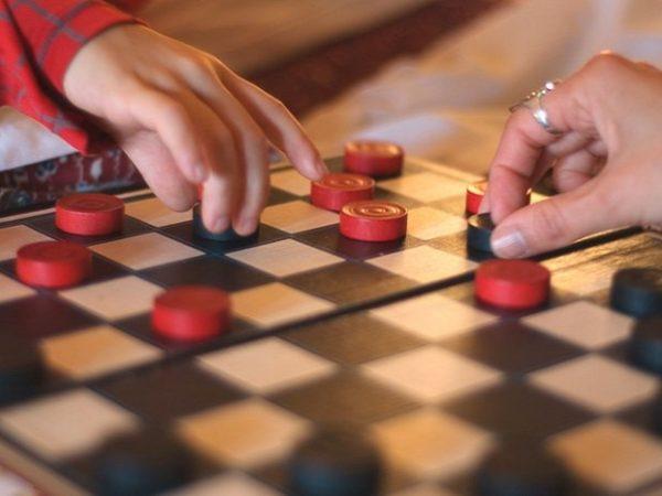 Приглашаем на турнир по шашкам!