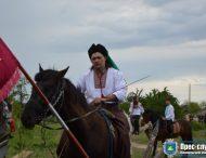 Реконструкцію історичного бою презентували козаки відвідувачам фестивалю БОГДАН-фест у Нікополі!