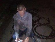 У Нікополі затримали крадія телефонного кабелю.