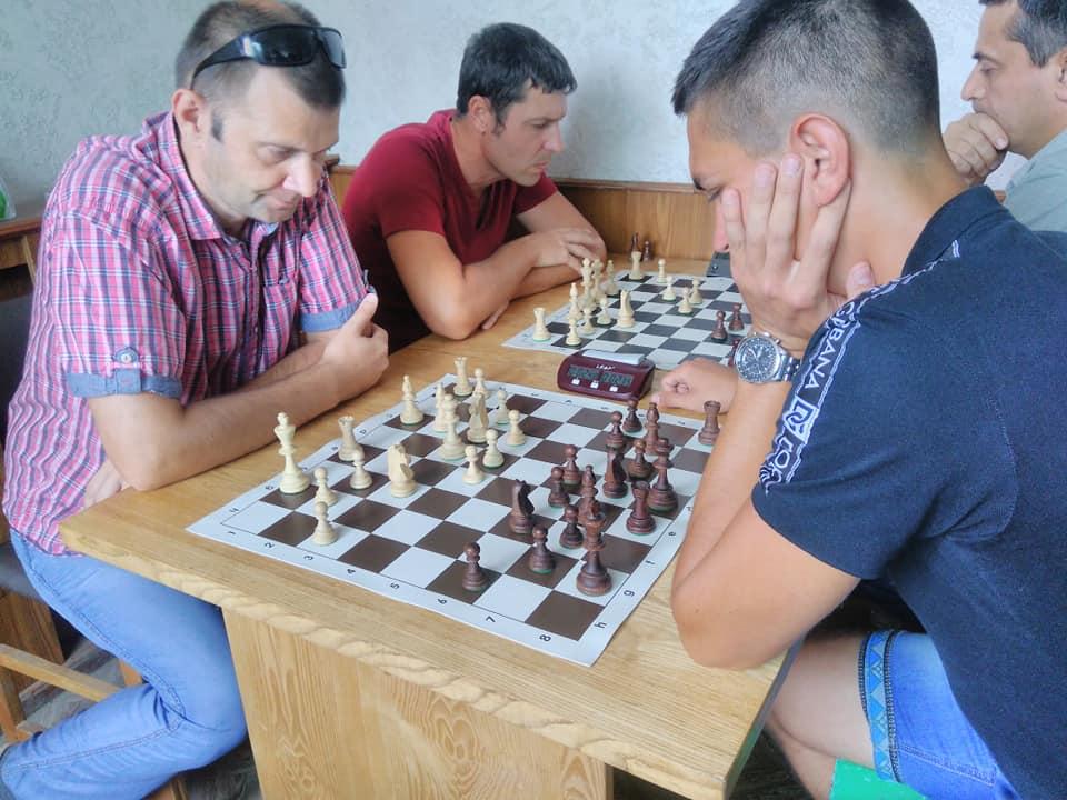 У Нікополі відбувся бліц-турнір з шахів.