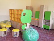 6 школ Никополя получили новую мебель для ресурсных комнат