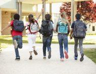 Скільки має важити рюкзак школяра та як його обрати? Пояснюють педіатри