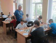 В Нікополі стартував юнацький Чемпіонат з шахів