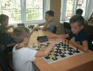 В Нікополі пройшов 3-й етап Кубку КЗ «Спорт для всіх» серед молоді зі швидких шахів