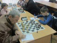 У Нікополі розпочався Півфінал Чемпіонату м.Нікополя з шахів