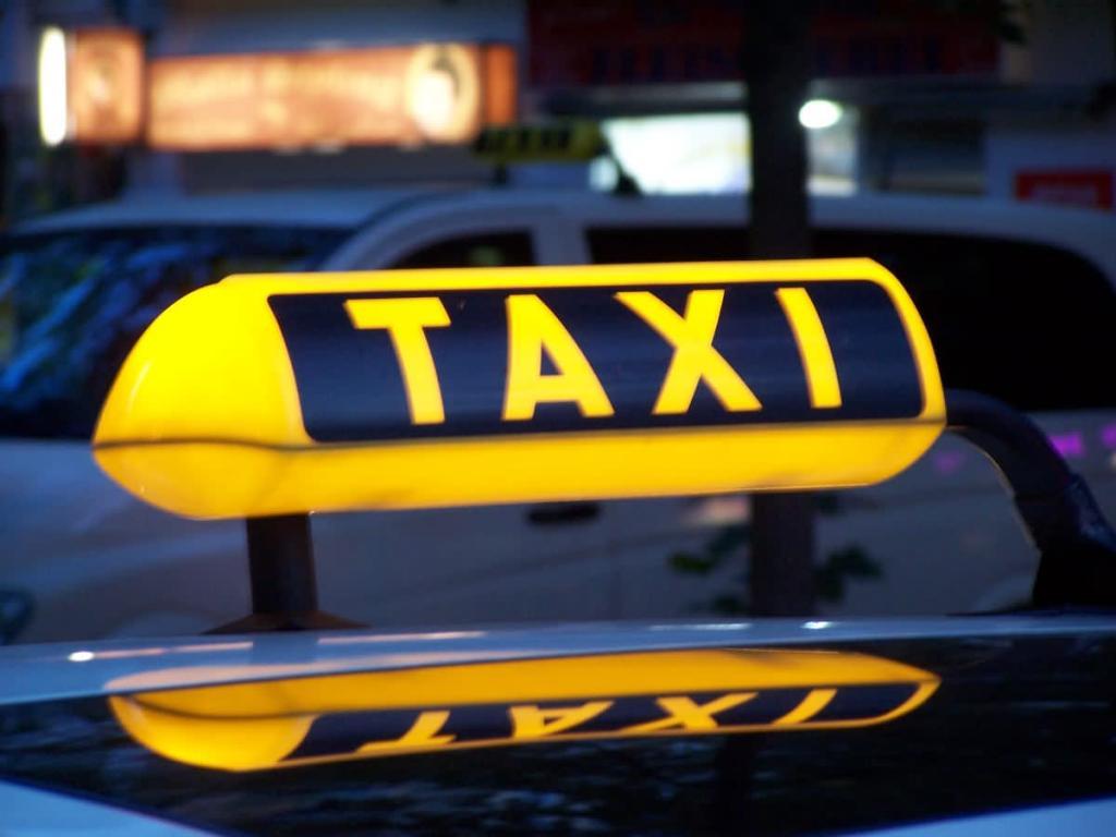 Штрафи за перевезення дітей без автокрісел. Як реагують відомі таксі-сервіси