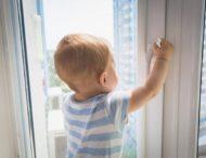 Цьогоріч десять дітлахів потрапили до реанімації Обласної дитячої лікарні через падіння з вікон
