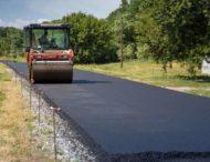 На Дніпропетровщині ремонтують одну з проблемних доріг (Фото)