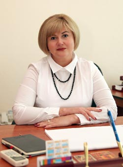 З Днем Металурга вітає — Жадько Олена Анатоліївна — міський голова  м. Марганець.