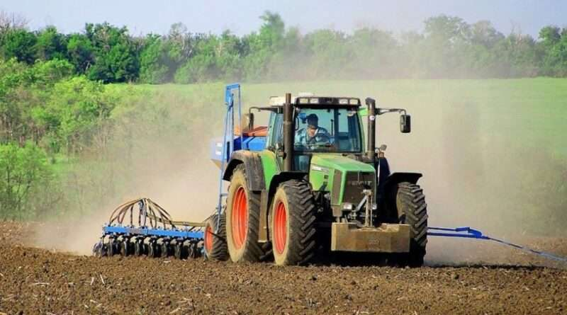 Аграрії Дніпропетровщини — в очікуванні дощу