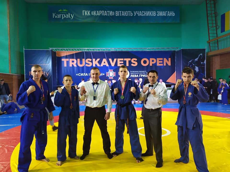 Спортсмени Покрова проводжають вересень зі спортивними перемогами