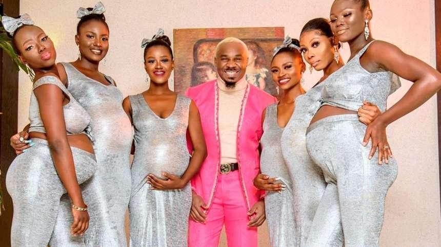 Бизнесмен пришел на свадьбу с шестью беременными подругами