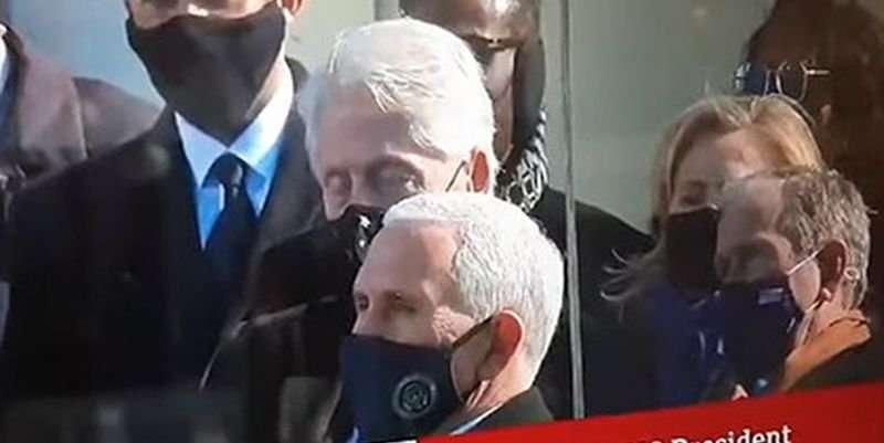 Билл Клинтон уснул на инаугурации Байдена