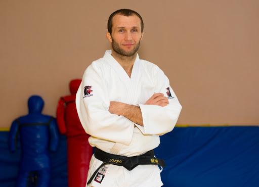 Тренеру ДЮСШ  м. Покров Сергію Сінілову присвоєно вищу кваліфікаційну категорію