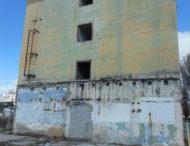 Ещё одно печальное здание, расположенное по адресу Трубченко 3.