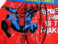 Мужчина случайно засветил трусы со Спайдерменом