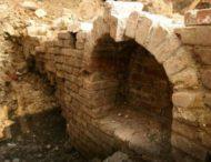 Англичанин обнаружил средневековый дворец