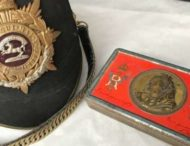 Шлем военного с шоколадкой внутри пролежали на чердаке более 120 лет