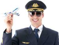 Пилот во время полета обнажил гениталии