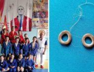 Детям вместо медалей вручили сушки
