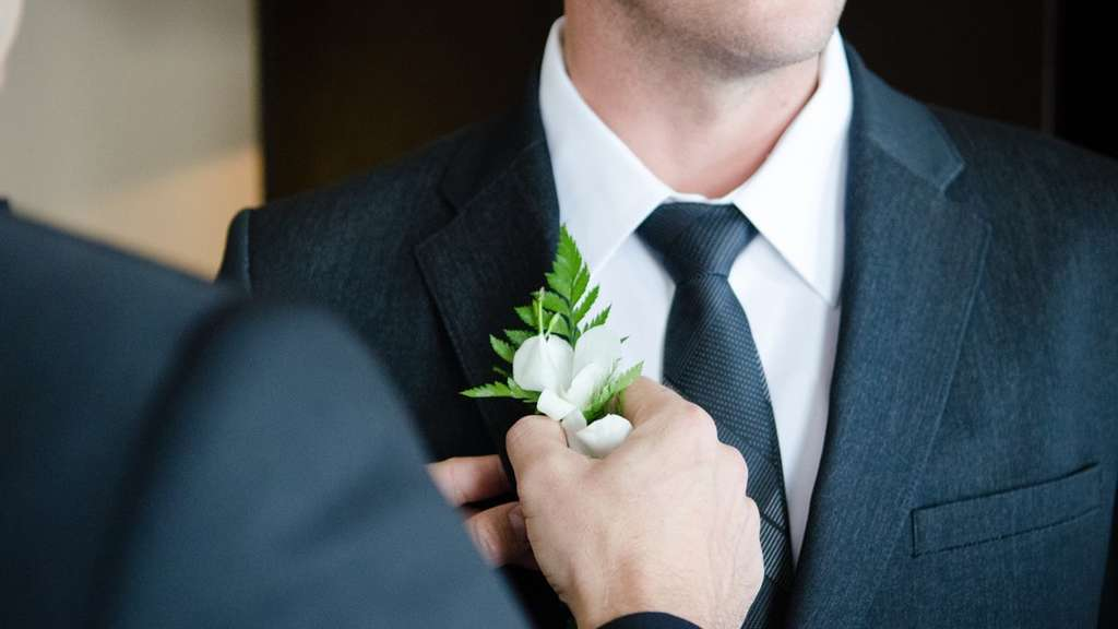 Мужчина женился 4 раза за месяц ради отпуска