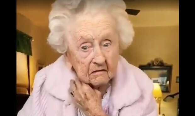 104-летняя бабуля сняла свою версию на популярный тренд