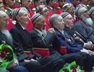 Туркменские ветераны второй год подряд сдают деньги на подарки самим себе