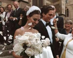 В США запретили танцевать на свадьбах