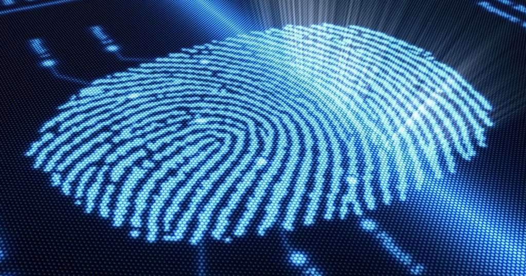 Мужчина разблокировал свой смартфон отрубленным пальцем