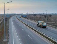 Через спеку на дорогах Дніпропетровщини діє заборона на рух великих вантажівок