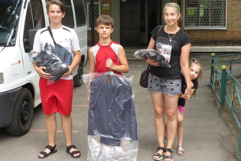 Міська влада Нікополя піклується про дітей соціально-незахищених категорій