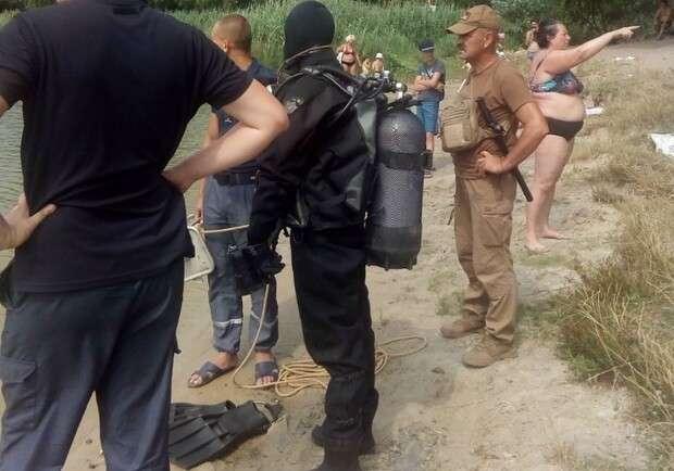 Ошибочка вышла: киевлянка, которую водолазы два часа искали в озере, нашла их сама