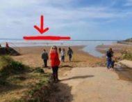 Потерянное серфингисткой в море кольцо случайно нашлось