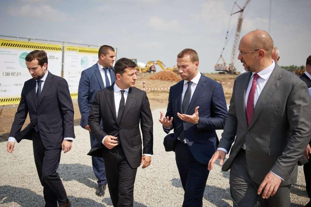 Глава держави оглянув спорудження Обласної багатопрофільної лікарні в Краматорську та ознайомився з реалізацією проектів «Великого будівництва» на Донеччині