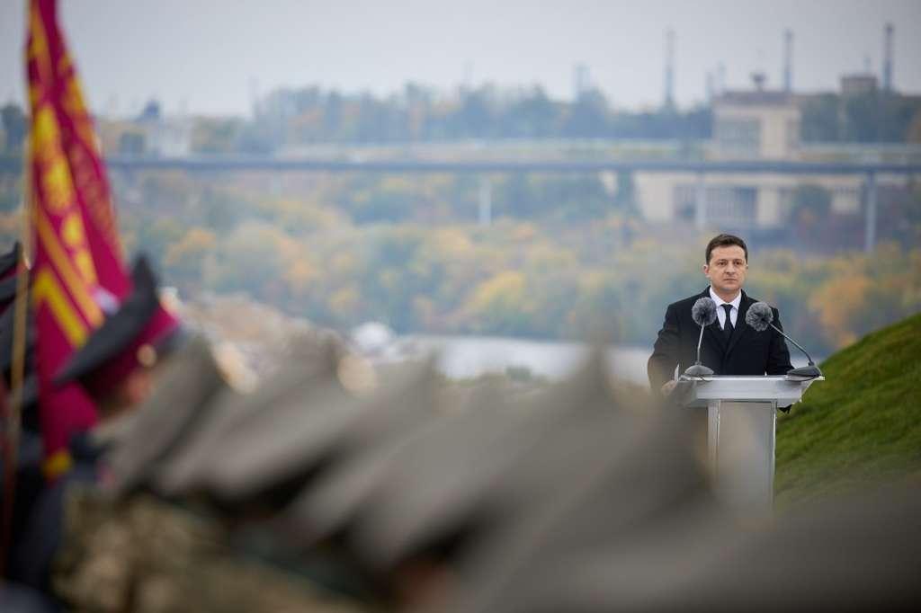 Глава держави – військовим ліцеїстам: Сьогодні на Хортиці народжуються майбутні захисники України